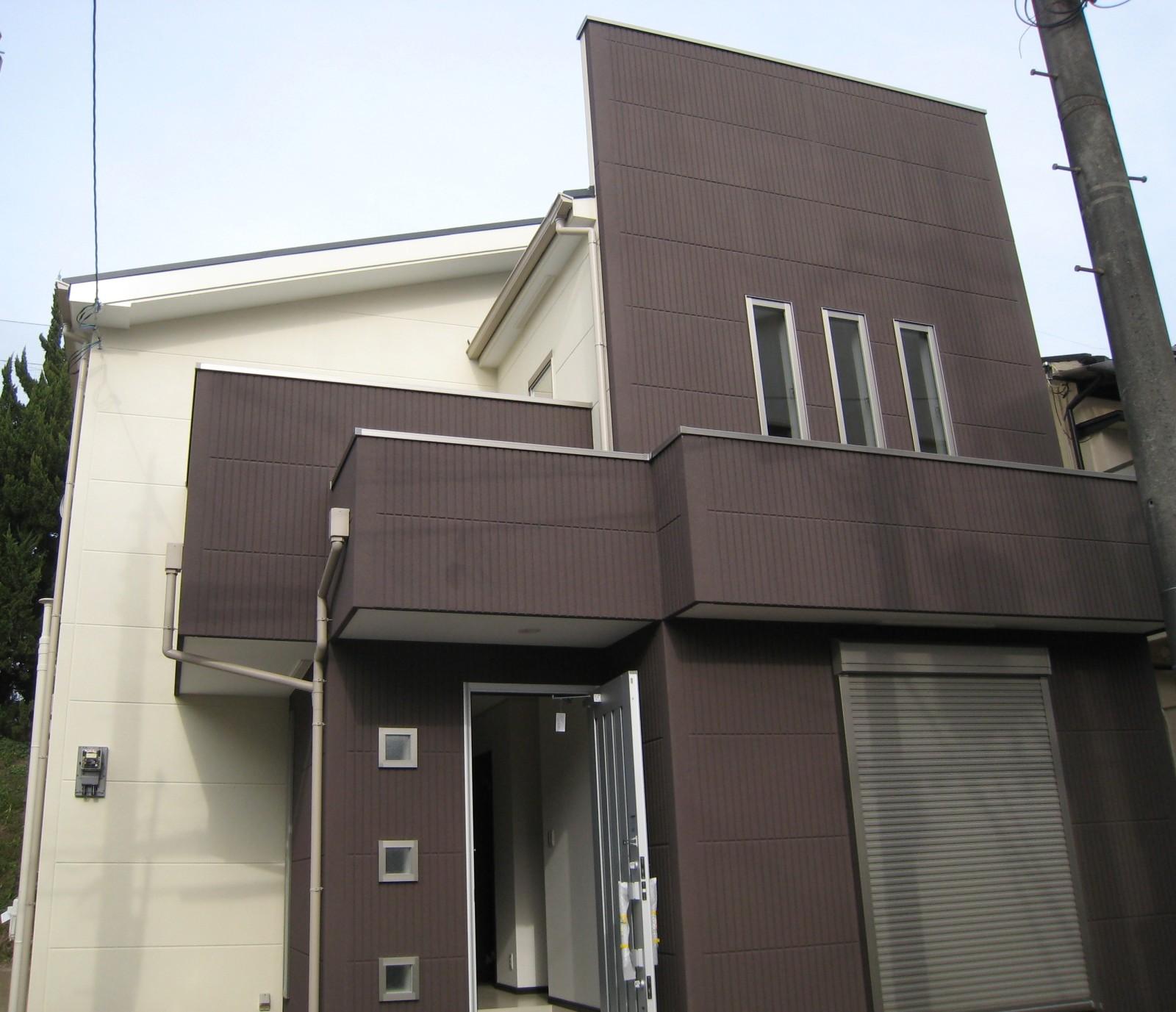 駅近くの私市新築住宅